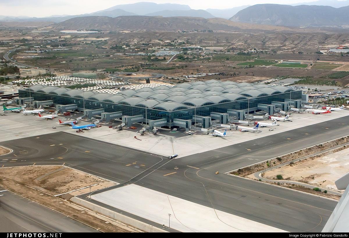 Aeroporto Alicante : Aeropuerto de alicante elche el altet