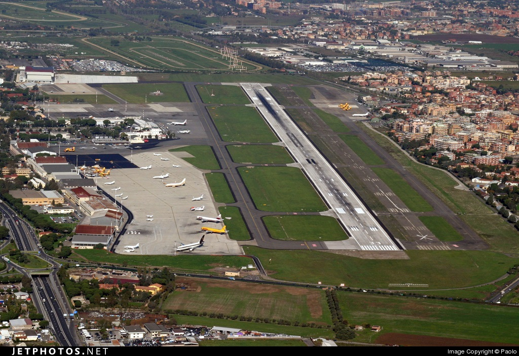 how to get from rome ciampino airport to fiumicino airport