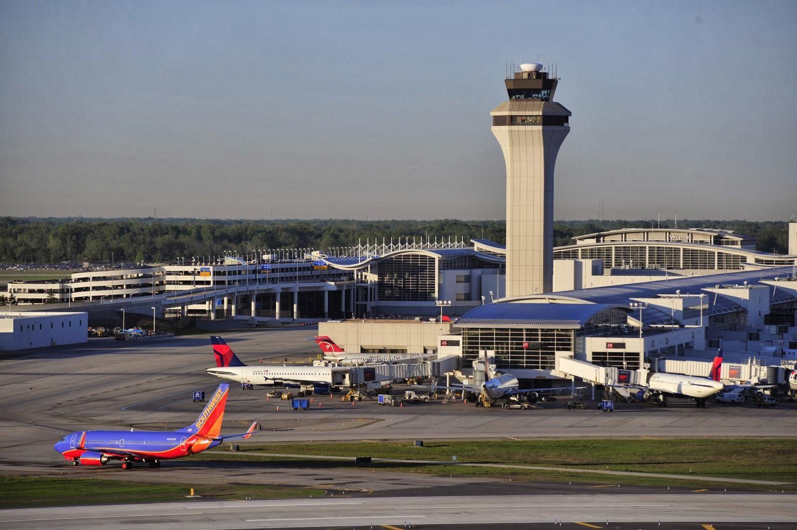 Aeropuerto De Detroit Aeropuerto Metropolitano De Detroit