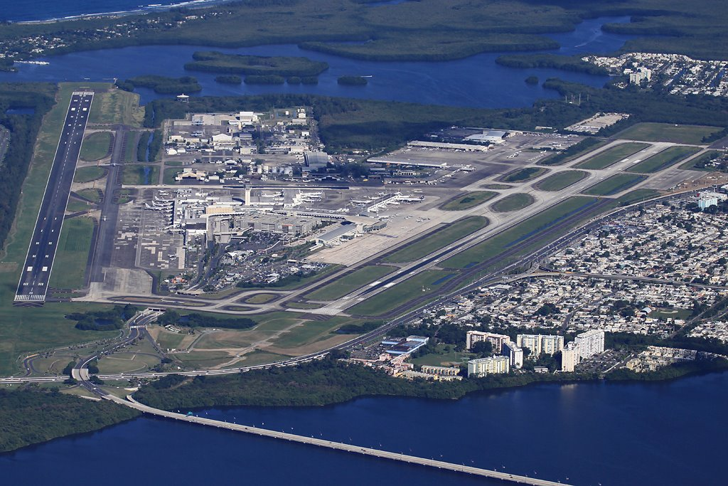 Aeropuerto Luis Mu 241 Oz Mar 237 N Megaconstrucciones Extreme