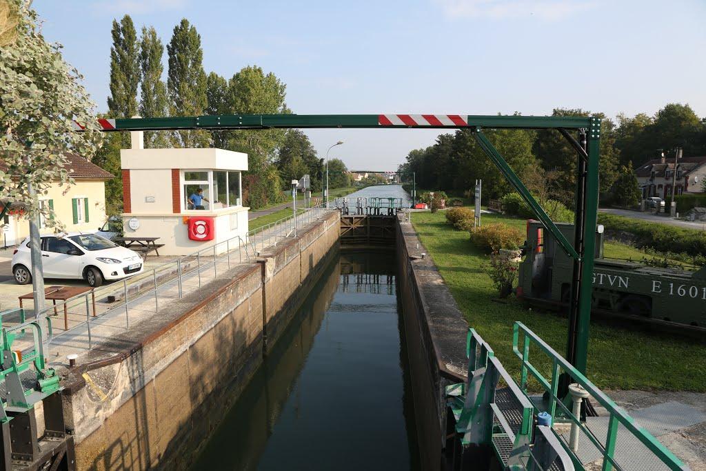 Aisne-Marne Canal