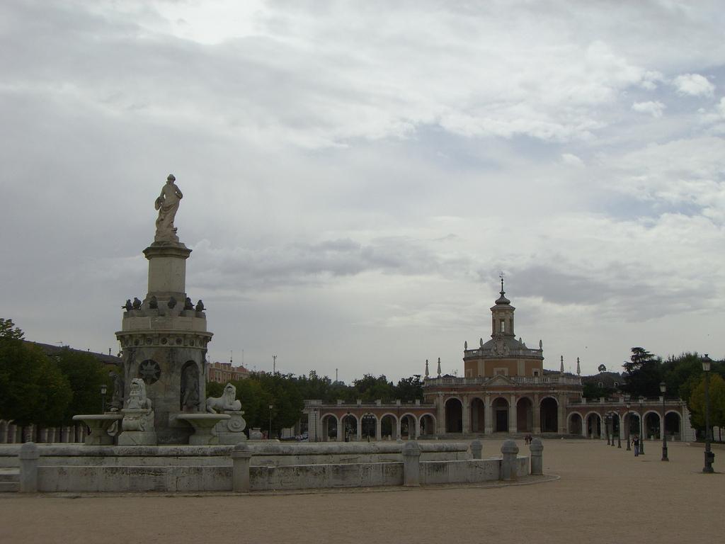 Plaza de San Antonio - Fuente de la Mariblanca o Fuente de Venus - Iglesia de San Antonio. Palacio Real de Aranjuez 28