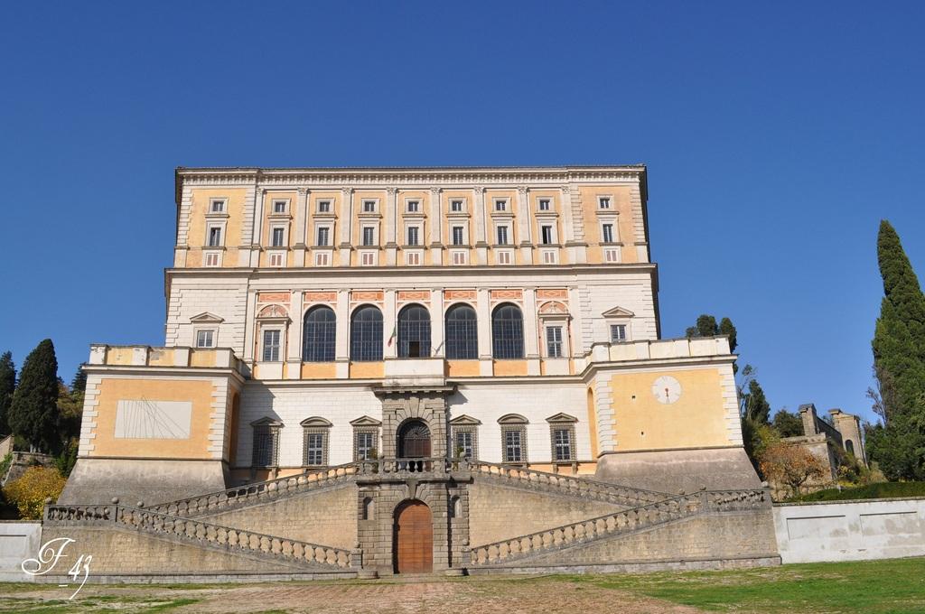 Villa Farnesio  Caprarola