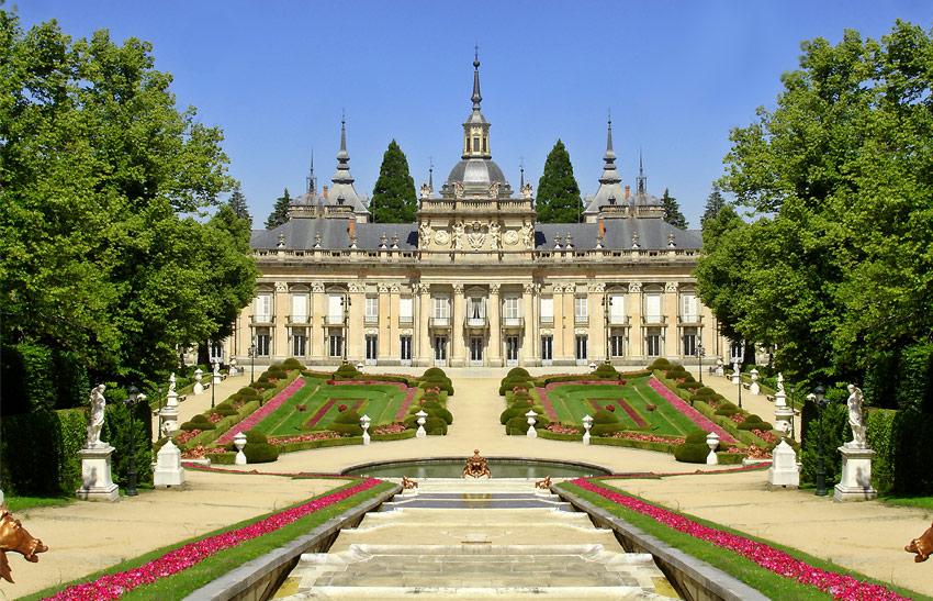 Palacio real de la granja de san ildefonso megaconstrucciones extreme engineering - Jardines palacio real madrid ...