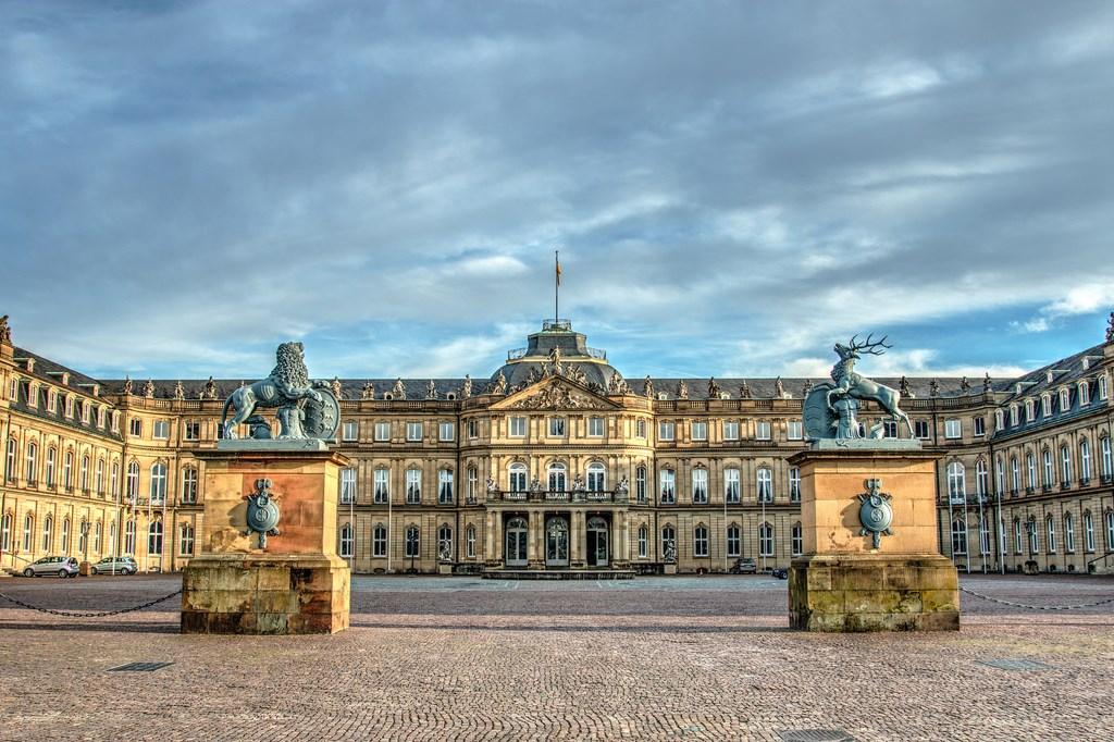 Palacio nuevo de stuttgart neues schloss stuttgart for Galeria stuttgart