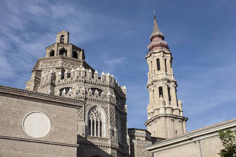 Catedral del Salvador de Zaragoza - Megaconstrucciones ...
