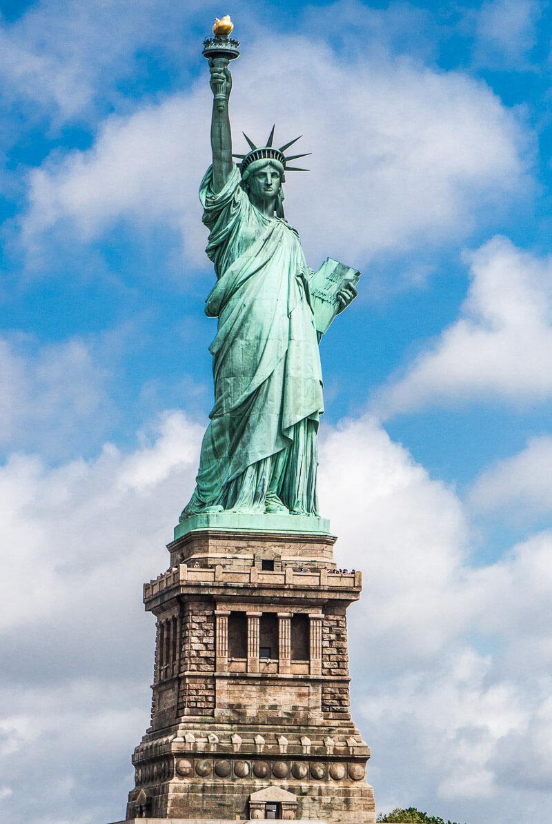 Estatua de la libertad megaconstrucciones extreme for Interior estatua de la libertad
