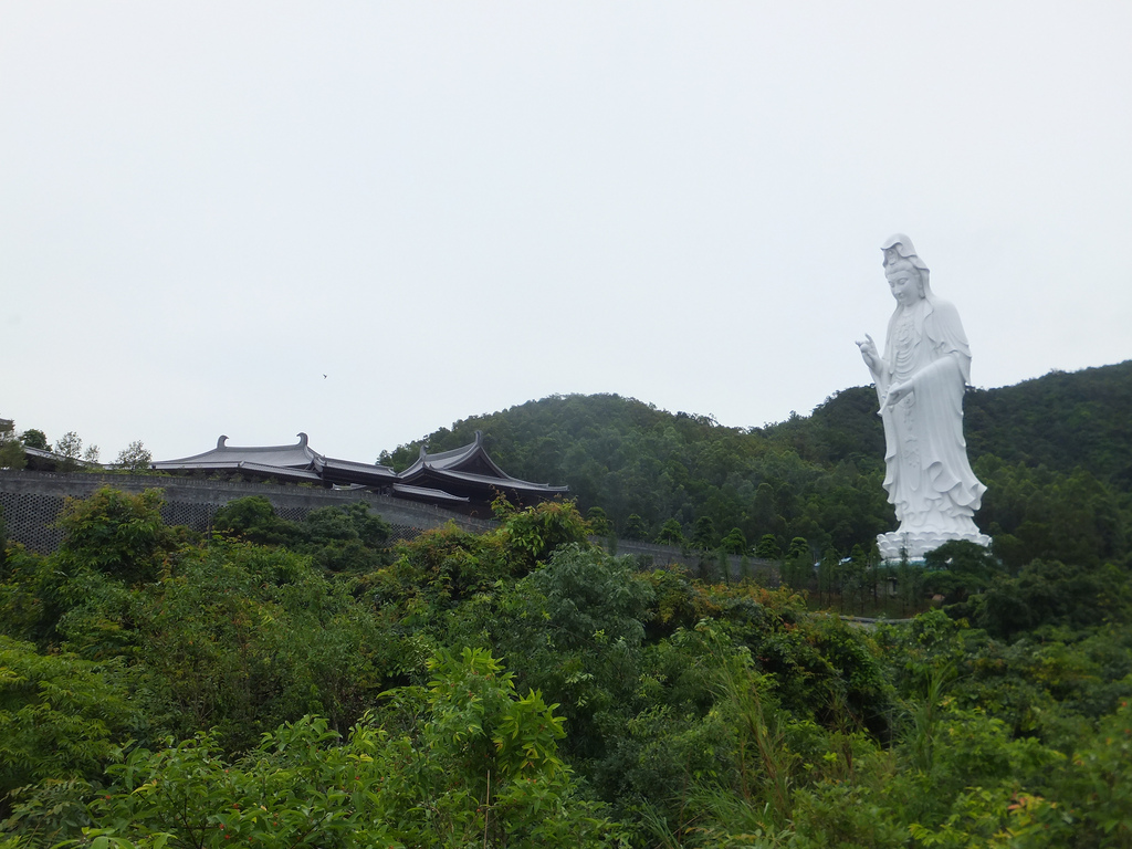 how to go to tsz shan monastery