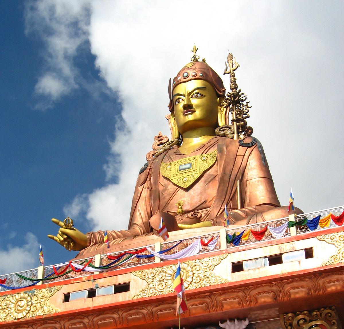 Namchi India  city photo : Estatua de Padmasambhava en Namchi Megaconstrucciones, Extreme ...