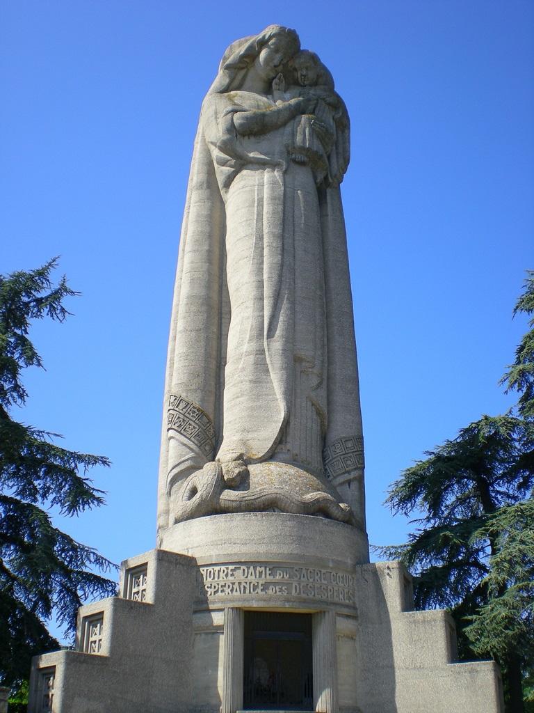 Nuestra Señora del Sagrado Corazón, Virgen de Mas Rillier ...