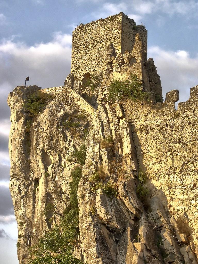 Resultado de imagen de torre del homenaje la iruela