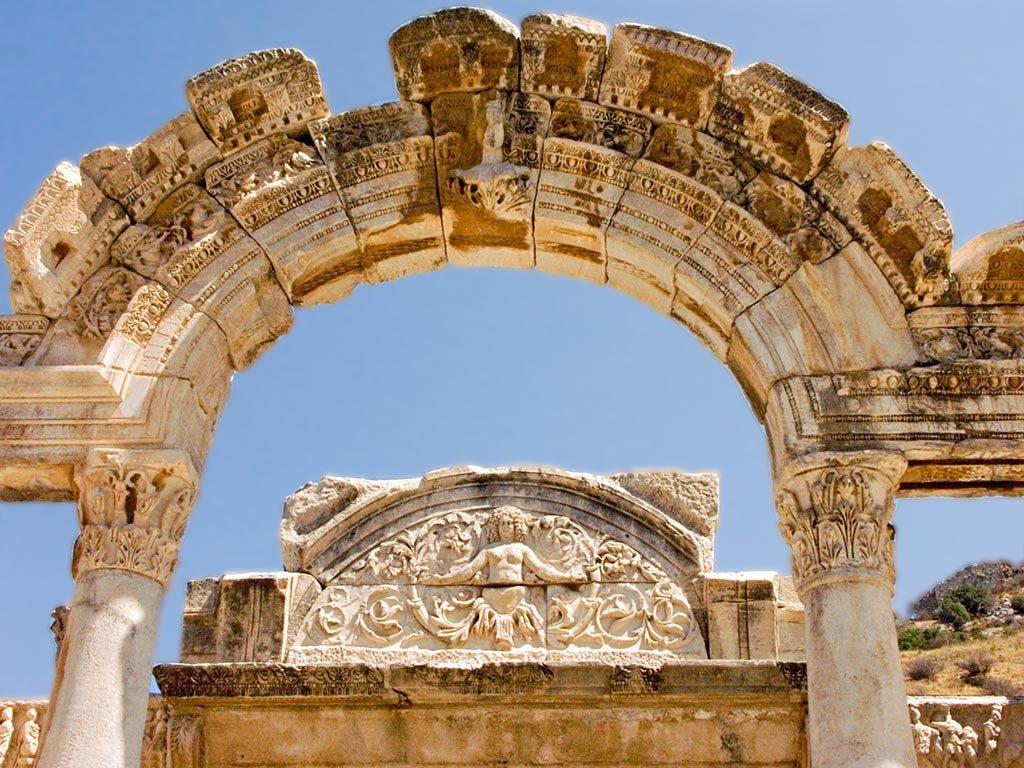 Templo de Adriano. Detalle Arco. Éfeso 13