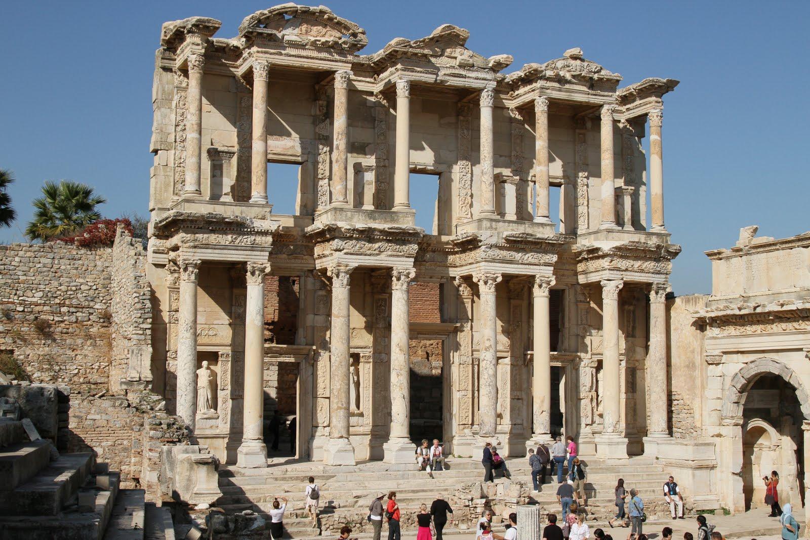 Fachada de la Biblioteca de Celso. Éfeso 2