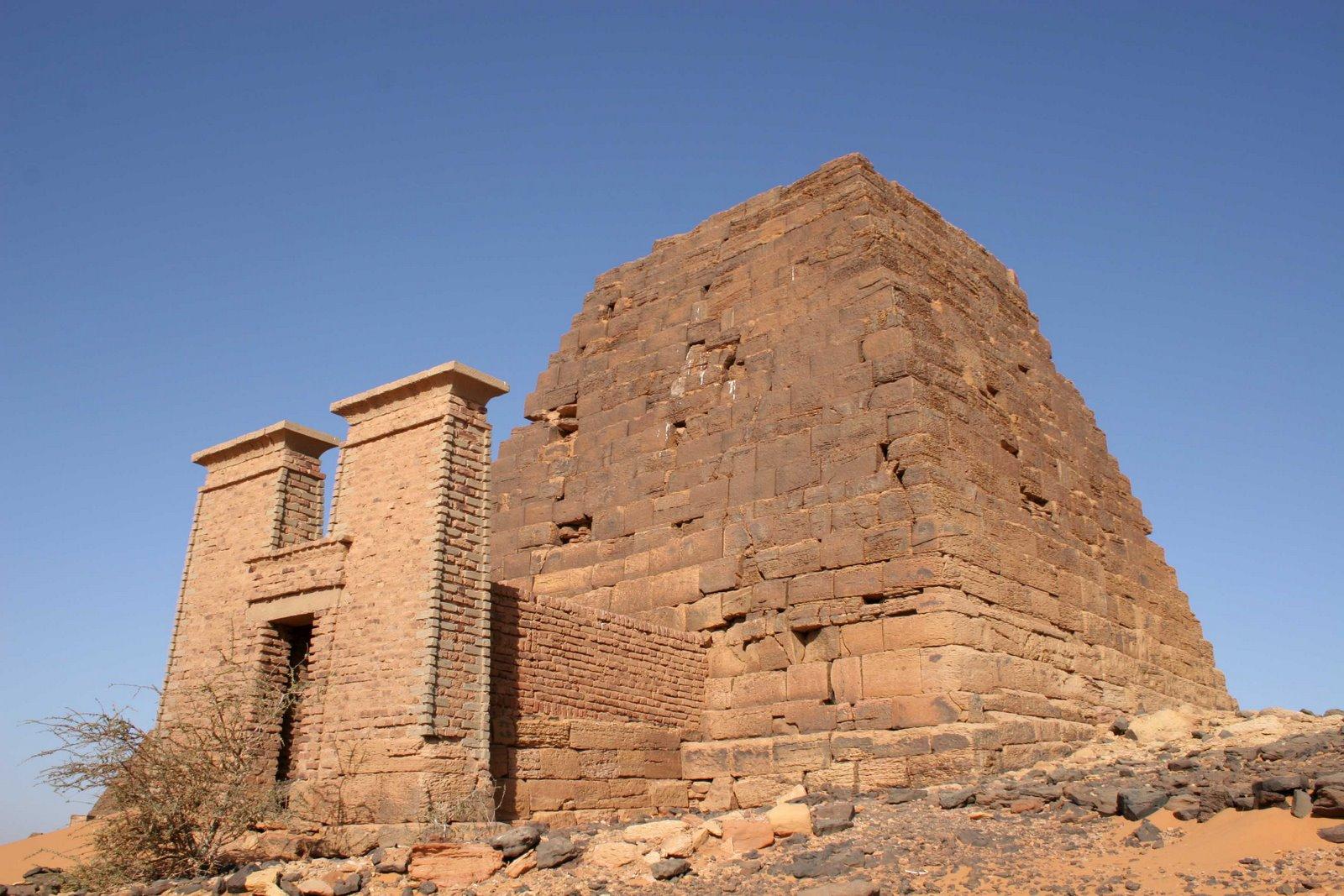 Pirámides de Meroe 15