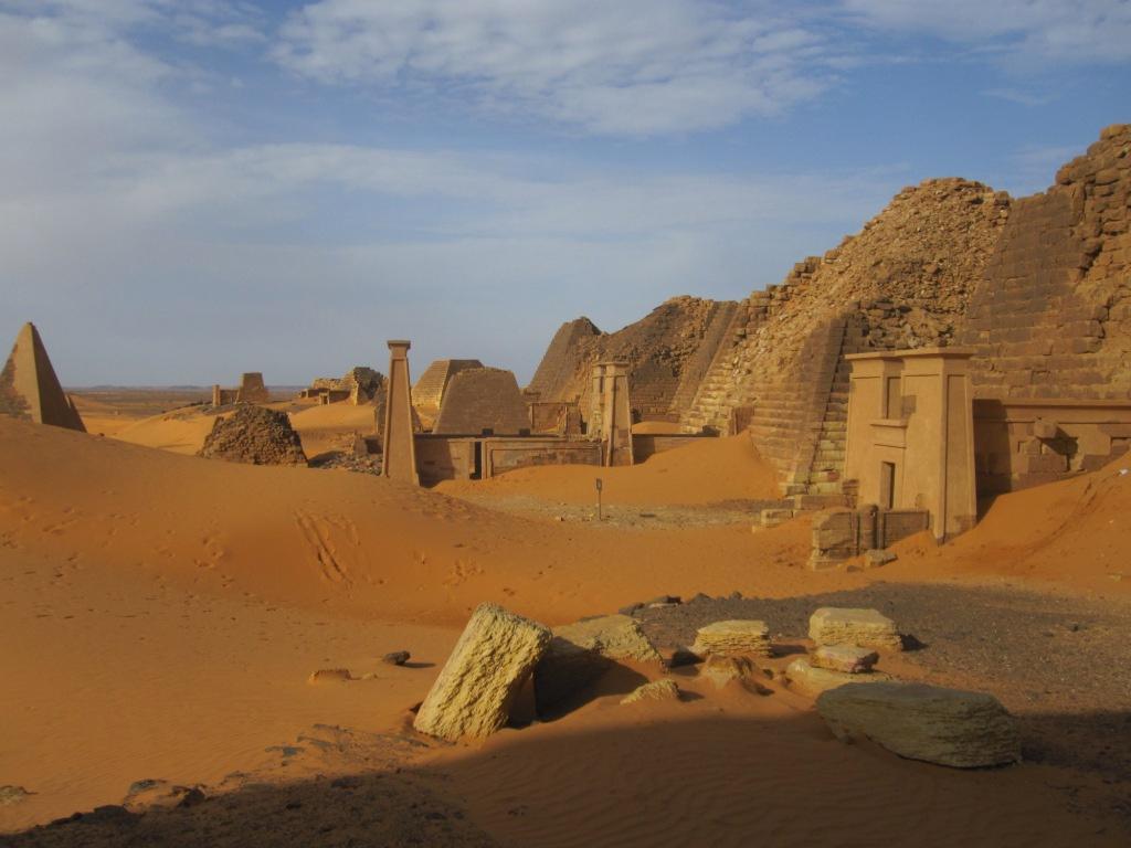Pirámides de Meroe 16