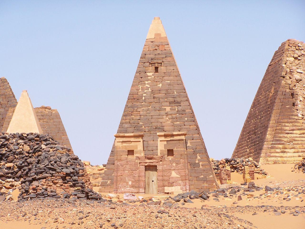Pirámides de Meroe 5