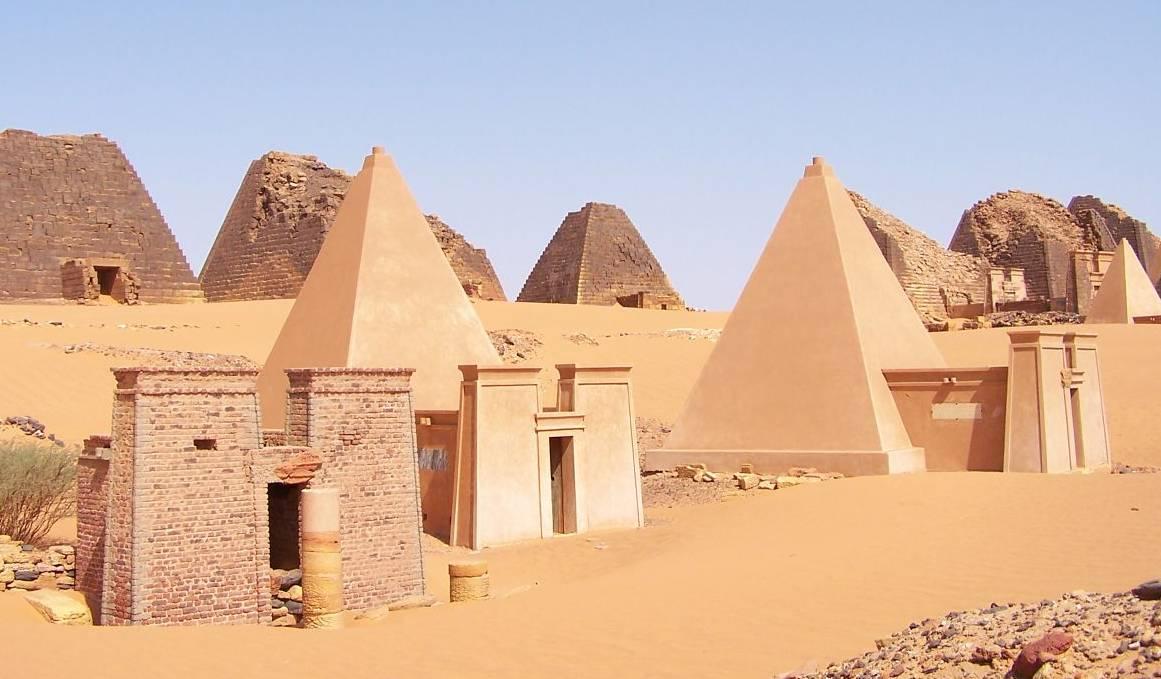 Pirámides de Meroe 1