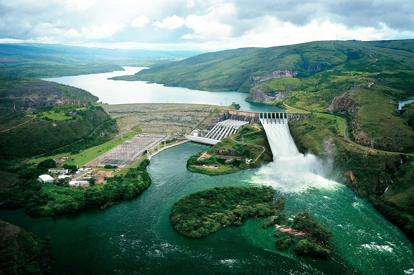 Embalse de Furnas, Usina Hidrelétrica de Furnas, Reservatório de Furnas - Megaconstrucciones, Extreme Engineering