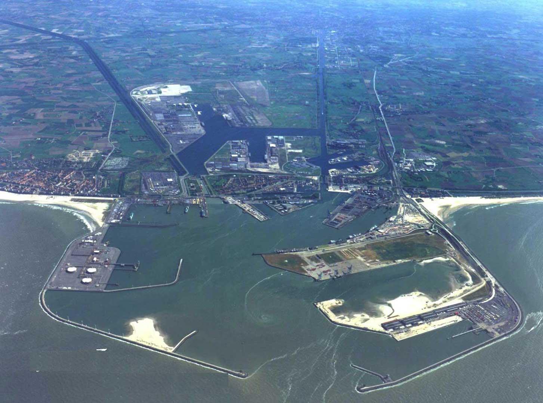 Puerto de brujas zeebrugge megaconstrucciones extreme for Port zeebrugge