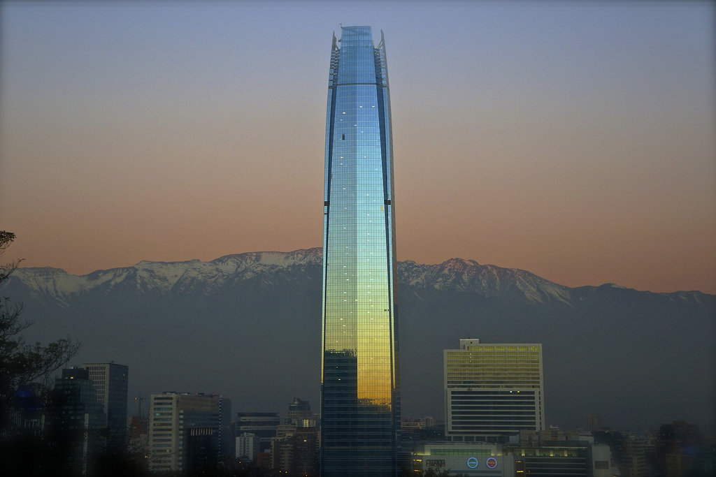 Argentina o chile qui n hizo mejor arquitectura este for Marmolerias en santiago de chile