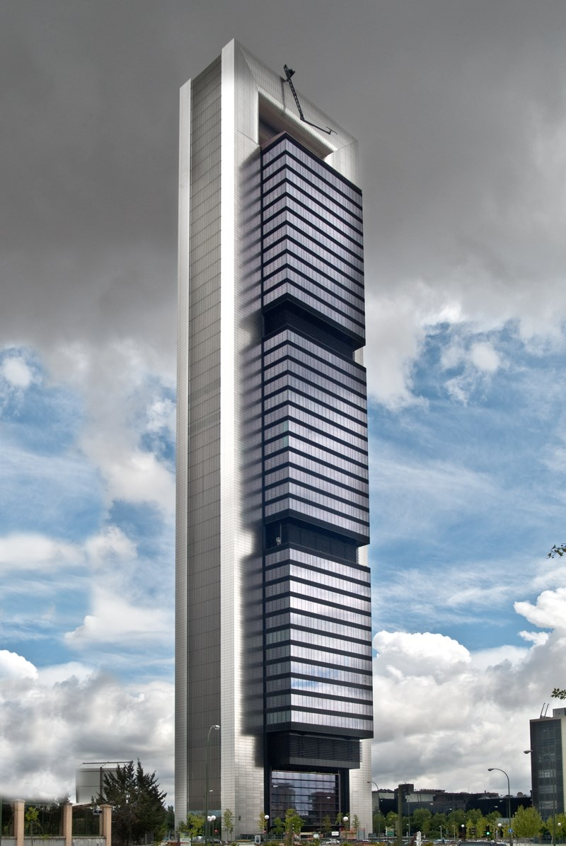 Torre foster torre cepsa torre bankia torre caja madrid for Oficinas de bankia en madrid