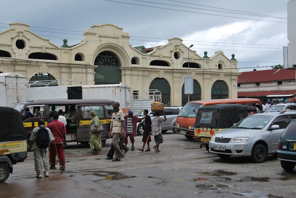 the history of mambassa Also known as 'island of war' in swahili, mombasa is the second largest city of kenya it has a rich history that holds lots of changes in its ownership.